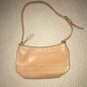 Rustic Coach Hampton Demi shoulder purse